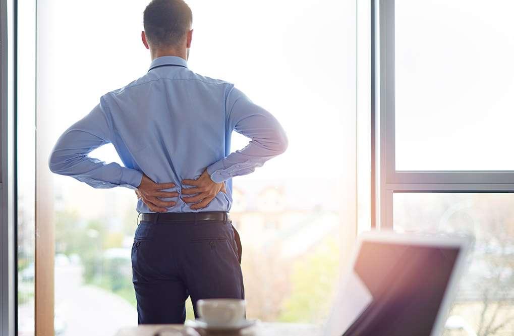 Veja como melhorar a postura e evitar dores